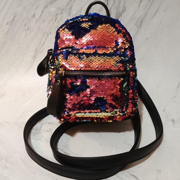 f60749ed57c0 NWT Wild Fable Sequin Mini Backpack